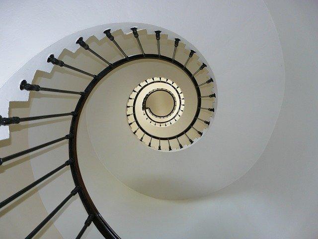 Tapeta na klatce schodowej